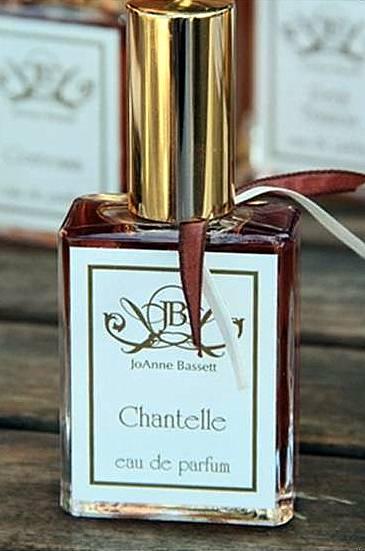 joanne bassett chantelle