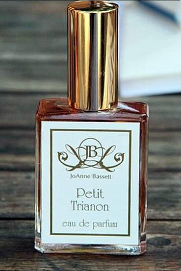 Petit Trianon_www_Perfumeria Greta_Żywiec
