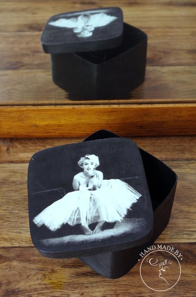 Marylin Monroe Black2_www_NeedWant_Perfumeria Greta_Żywiec