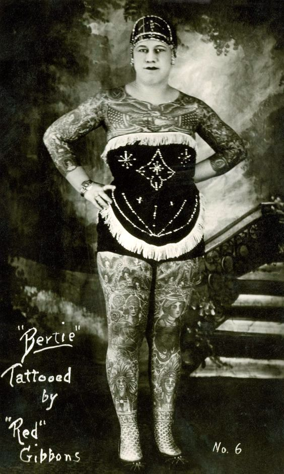 PerfumeriaGreta-tattooed-circus-woman